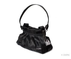 Elegantní kabelka z bezpečnostních pásu