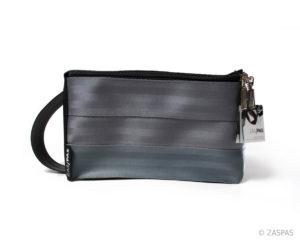 Originální kosmetická taška z recyklovaných pásů