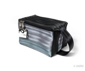 Kosmetická taška z bezpečnostních pásů